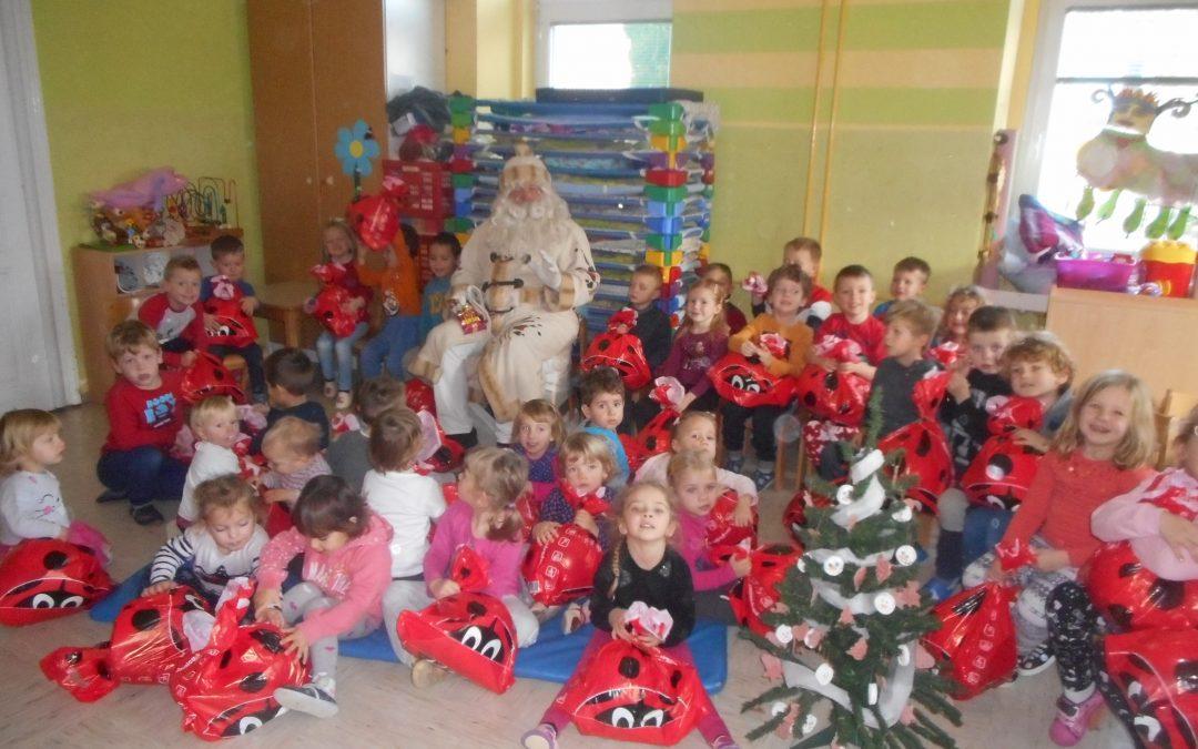 V pričakovanju Dedka Mraza